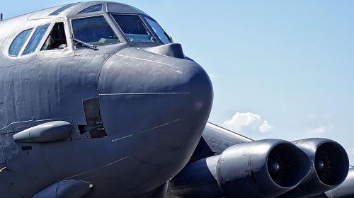 bomber b-52 strategic bomber
