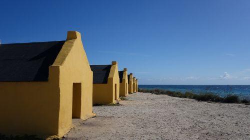 bonaire slave houses caribbean