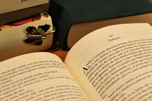 book stack bookmark read