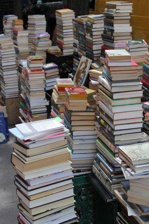 books pile old books