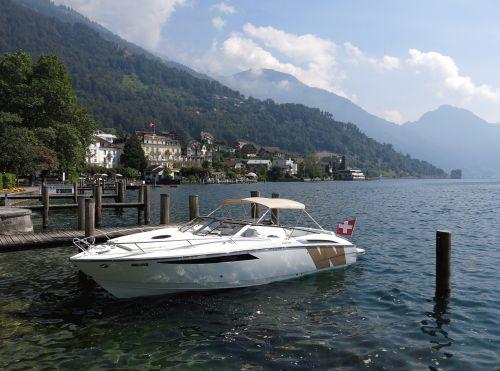 boot lake luxury