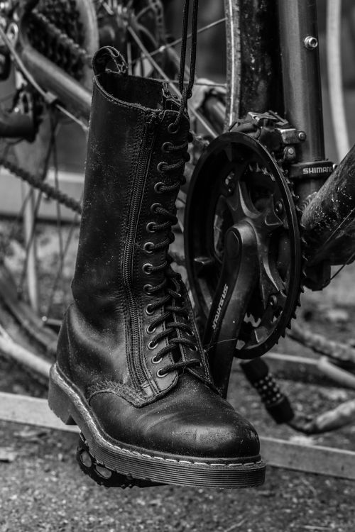 boot bicycle cycle
