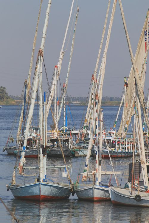 boot sailing boat anchorage