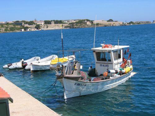 boot sea fishing boat