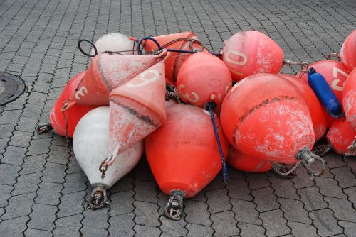 bootsfender buoys red