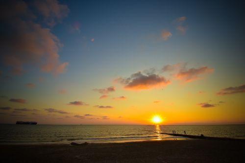 borkum sunset sky