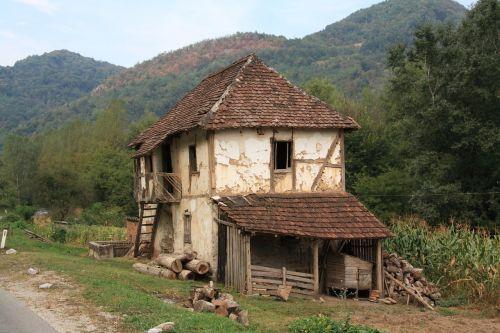 bosnia hezegovina house