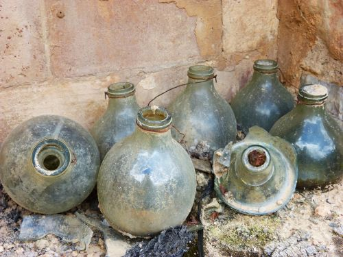 bottles traps for mosquitoes rural