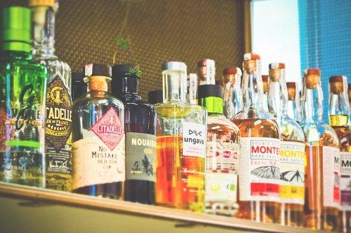 bottles  alcohol  drink