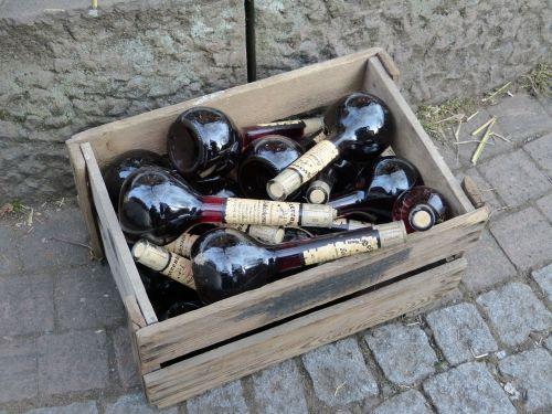 bottles box alcohol