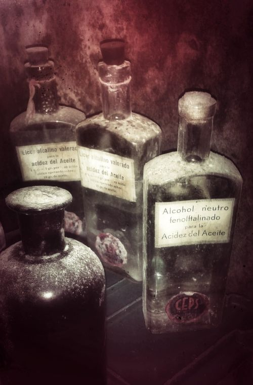 bottles ancient chemistry