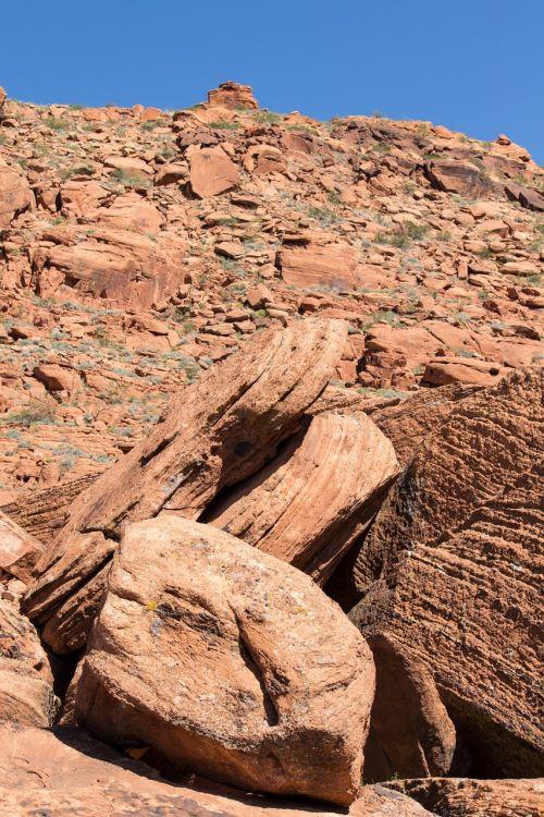 boulder rock stone