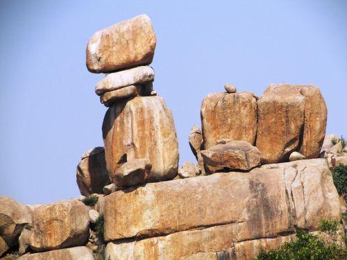 boulders big rocks rock formations