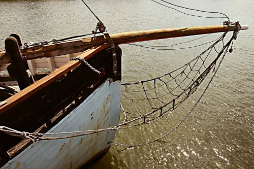 bow prow boat