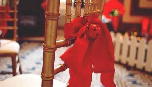 lankas,raudona,xmas,Kalėdos,dekoruoti,dizainas,šventė,apdaila,juosta,šventė,dovanos,dekoratyvinis,šventinis,sezonas,dekoruoti,vakarėlis,apvynioti,mazgas,laimingas