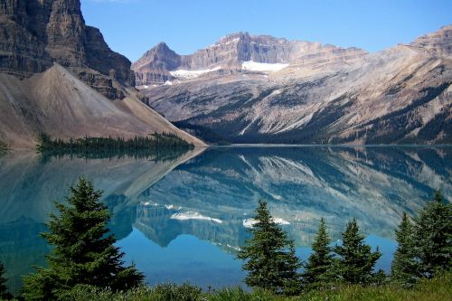 bow lake canadien rockys landscape