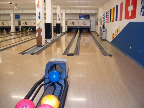 bowling leisure bowling alley
