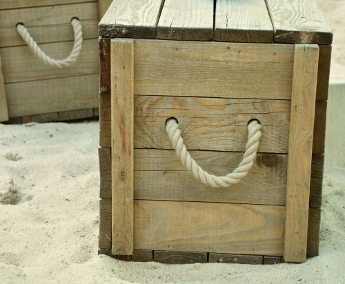 box beach wooden box