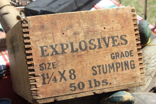 box explosives dynamite