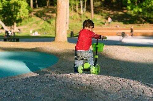 boy scooter kick