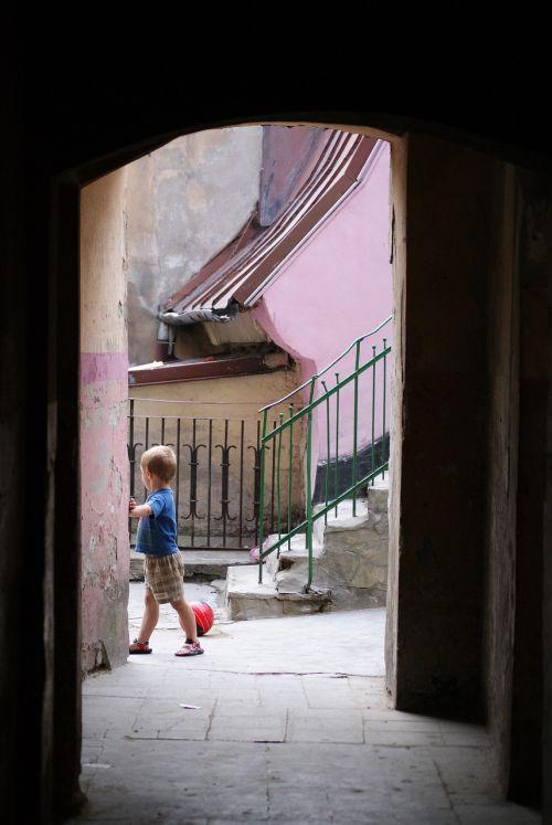 boy the ball gateway