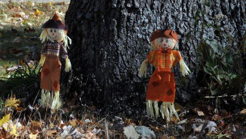 Boy Girl Small Scarecrows