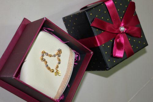 bracelet gold jewellery