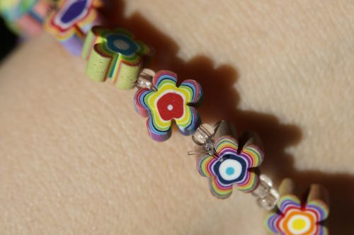 bracelet colorful flowers