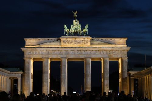brandenburg gate berlin landmark