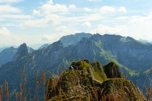 branderschrofen east summit blades of grass