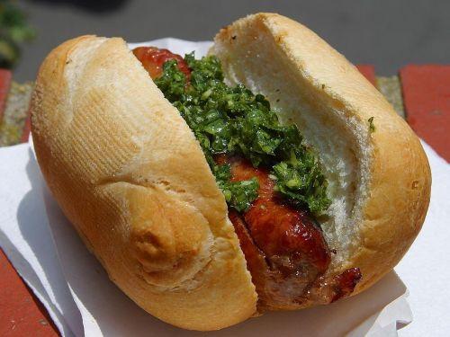 bratwurst sandwich roll