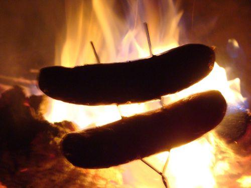 bratwurst hot dog roast