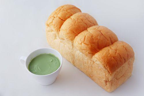 bread steamed custard white