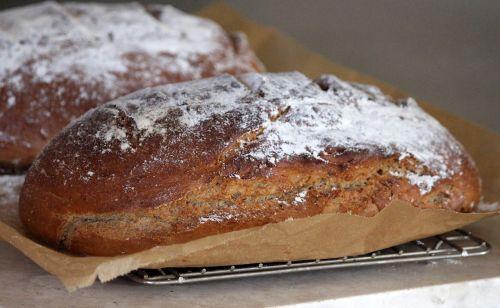 bread pastries baker