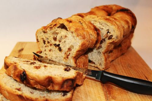 bread raisin food