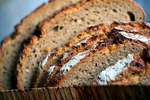 bread  farmer's bread  bread slices
