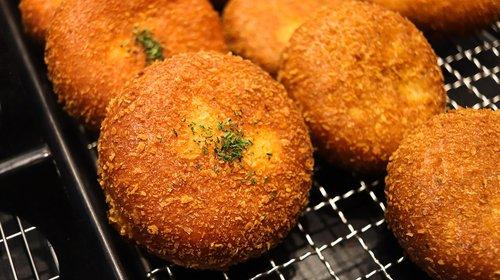 bread  croquette  donut