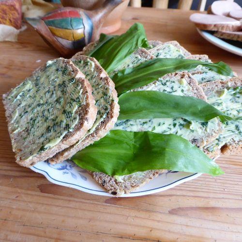 bread picnic eat