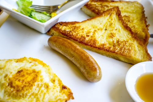breakfast eggs hotdog