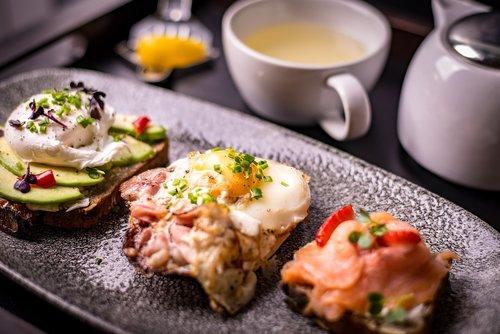 breakfast  food  eggs