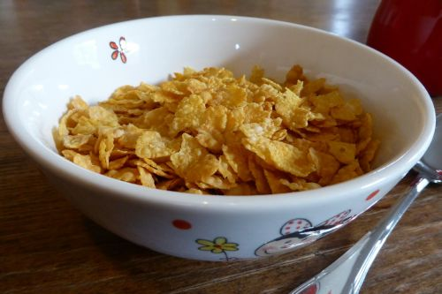 breakfast cornflakes cereal bowl