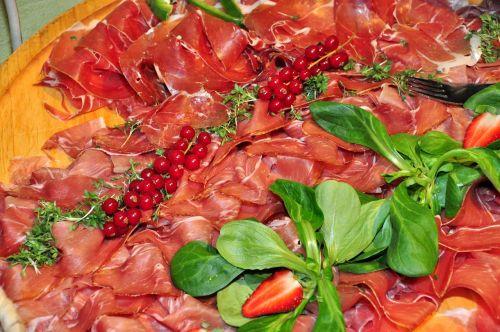 breakfast buffet ham plate berries