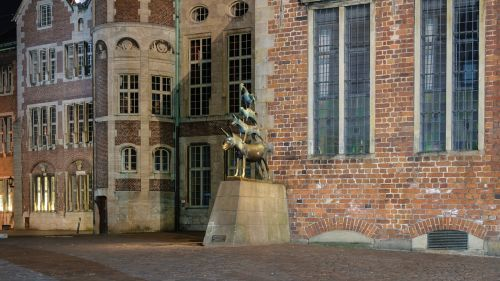 bremen town musicians night photograph