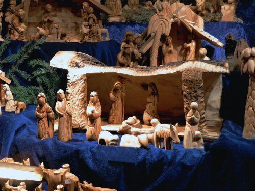 bremen christmas market nativity in bethlehem wood