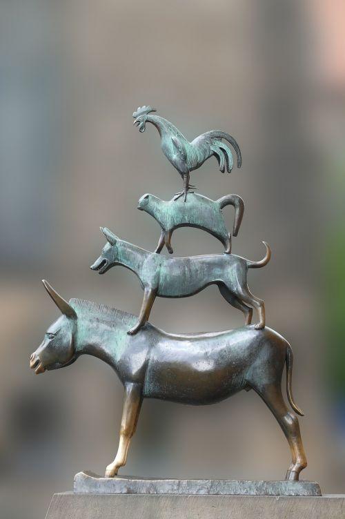 bremen town musicians monument fairy tales