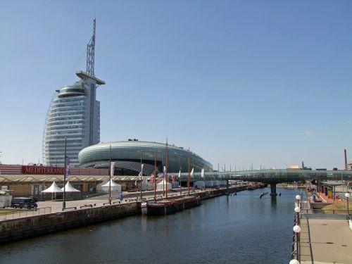 bremerhaven climatehouse sail city hotel
