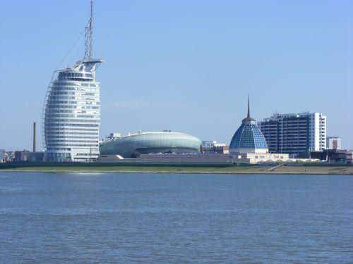 bremerhaven coast city