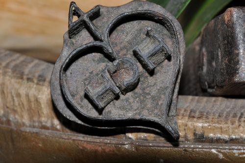 brenneisen iron stigma