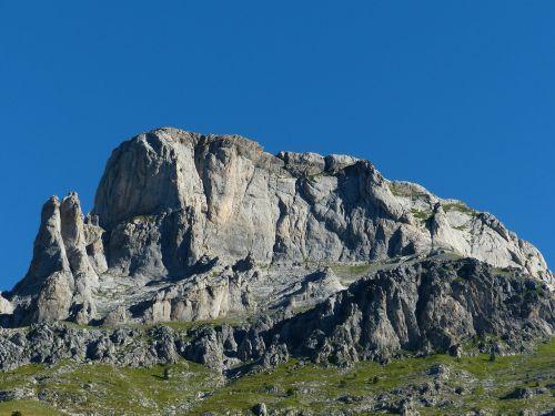 bricchi neri rocca garba mountains