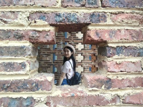 brick box view review